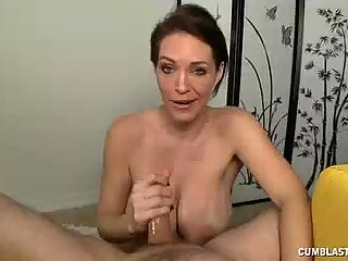 Mature Babe Wants To Check Some Stories On Penis