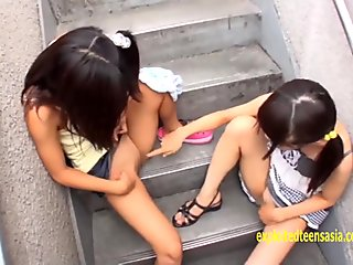Petite Asami Tsuchiya, Shuna Kagami Play With There Pussies And Piss Cheeky JK Girls Nice Pink