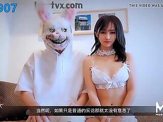 Chinese AV originals Madou Studio Japanese AV actress interv