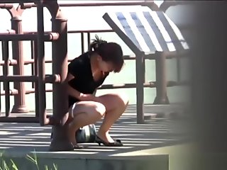 Asian Babes Squat And Pee