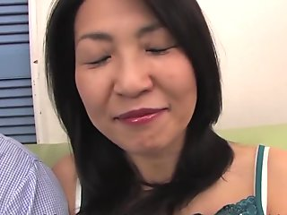 Hot Japanese brunette women in a Pussy Quizz